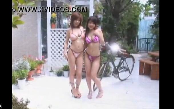 ビキニの美人、辻さき出演の無料おっぱい動画。爆乳浜崎リオ辻さき、ダブルでセクシービキニです!美人セクシー動画です!